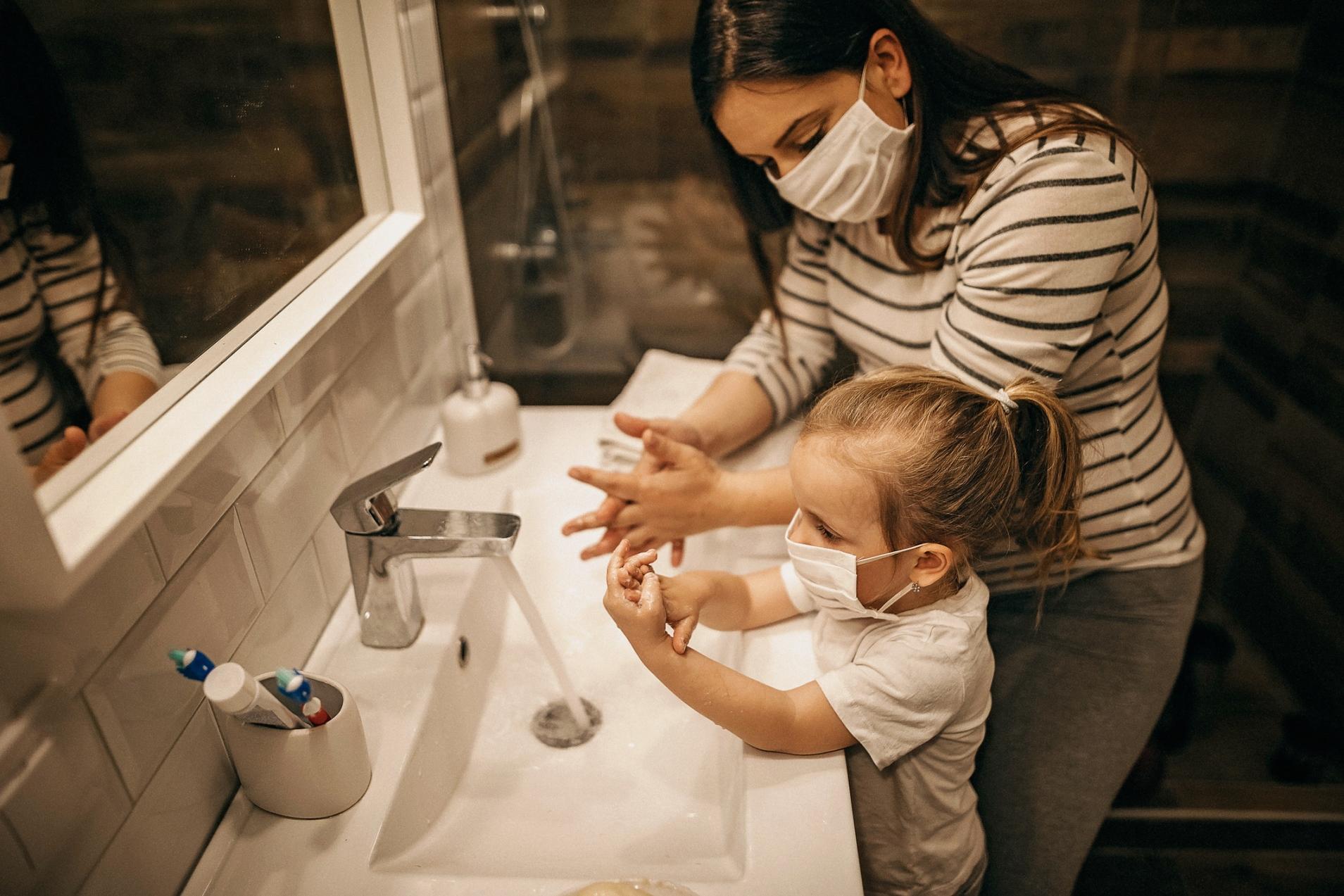Por que o simples ato de lavar as mãos é tão importante?